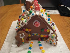 gingerbread-house-002